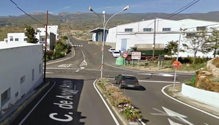 Cruce carretera vieja Chimiche
